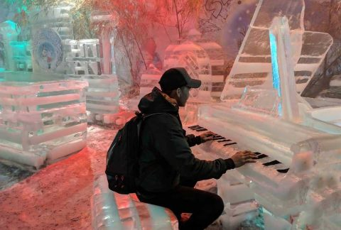 Snow World Bekasi Main Piano